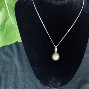 Jewelry - Black pearl pendant sterling silver necklace